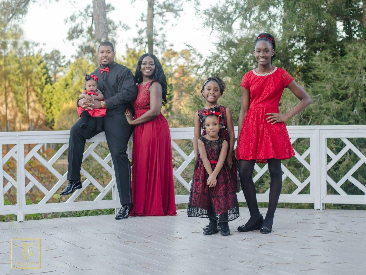 Happy Holidays: Marshall Family